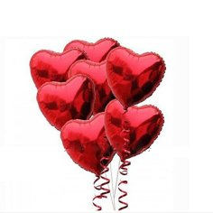 Ballons en forme de coeur rouge
